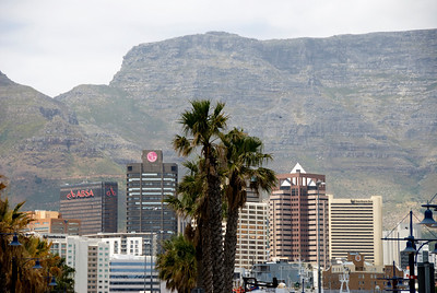 Downtown Cape Town with Table Mountain in the background, South Africa