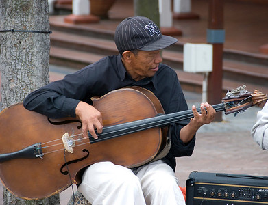 Performer, Victoria and Alfred Waterfront, Capetown, South Africa