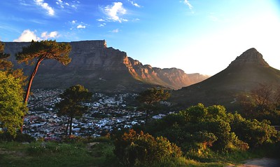 Table mountain - Taken from Signal Hill ……………….[ Copyright © - Photo by Barry Jucha ]