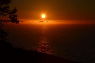 Sunset from Signal Hill. Cape Town South Africa ……………….[ Copyright © - Photo by Barry Jucha ]