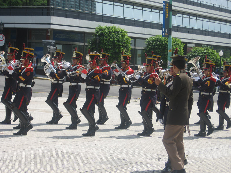 The band and ceremony provided wonderful free entertainment.
