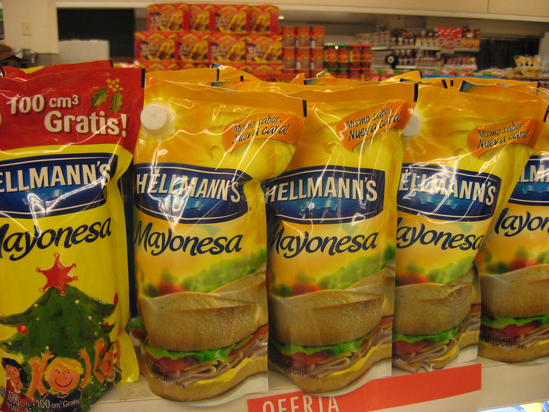 "Mayonnaise in bags in Bs.As. supermarket. They also have ketchup and ""golf sauce"" in bags."