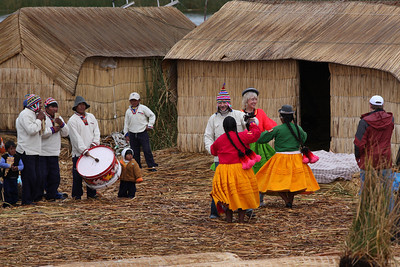 Dancing with the gringos