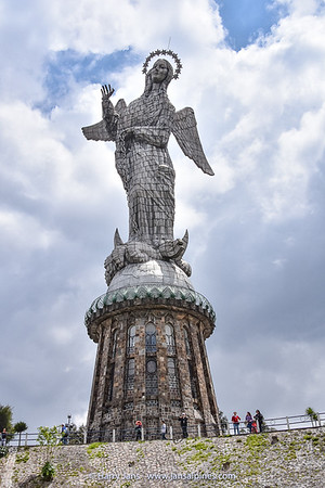 The Virgin of El Panecillo, Quito (1976)