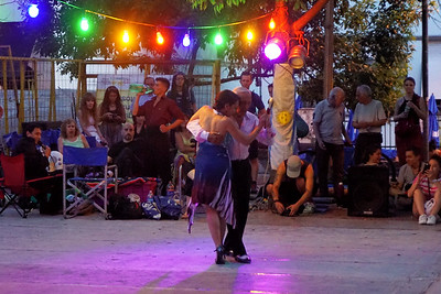 Street Tango Dancing