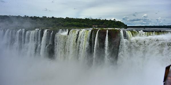 Izuazu Falls