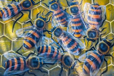 Grafitti Bees ... Santiago