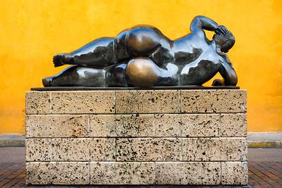 Botero sculpture ... Cartagena ... Colombia