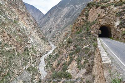 Cañón del Pato (Duck Canyon)  with Rio Santa