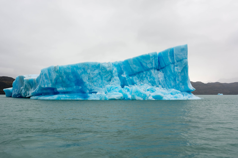 Iceberg on Lago Argentino