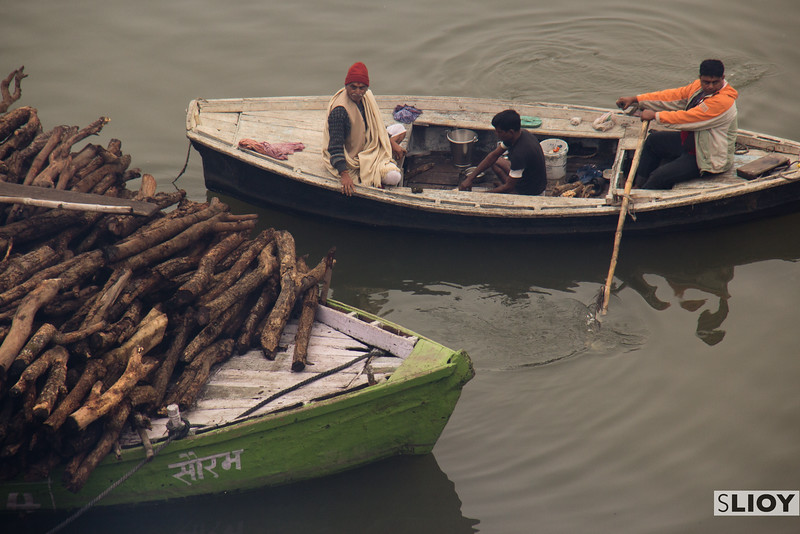 Life on the Gages - a Varanasi view.