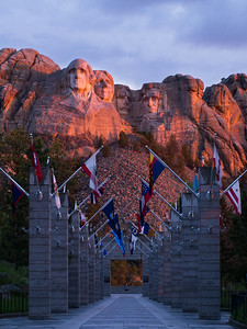 Avenue of Flags sunrise, Mt. Rushmore