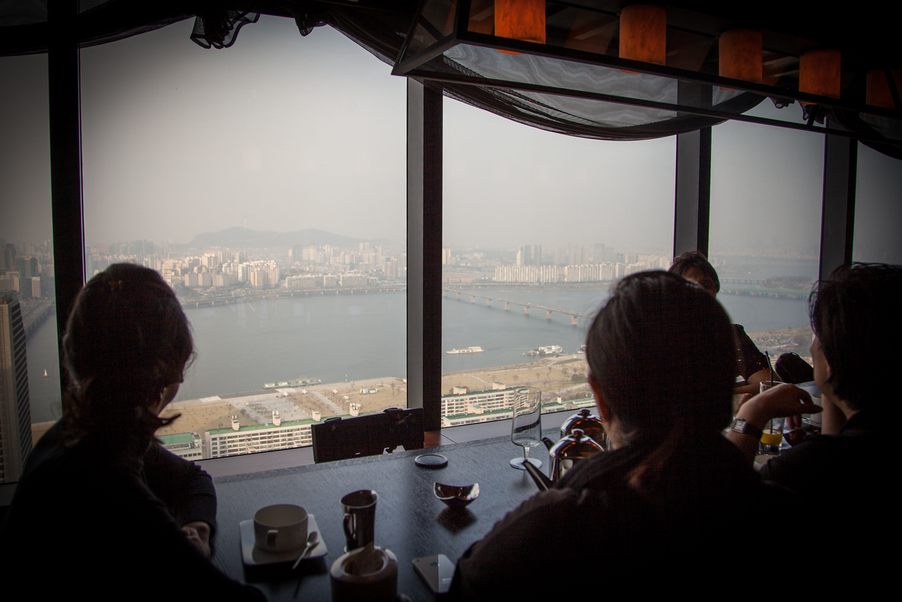 Having coffee while overlooking Seoul - from the 37th floor of the Conrad Hilton.