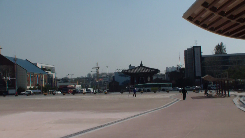 Suwon, fortress city: the courtyard