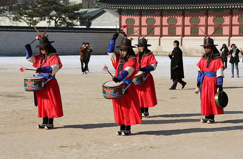At Gyongbeok-gung (Palace), downtown Seoul