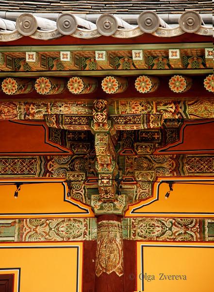 <p>Fragment of Geungnakjeon Building. Bongjeongsa Temple, Andong, South Korea</p>