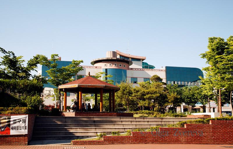 <p>Gazebo. Andong, South Korea</p>