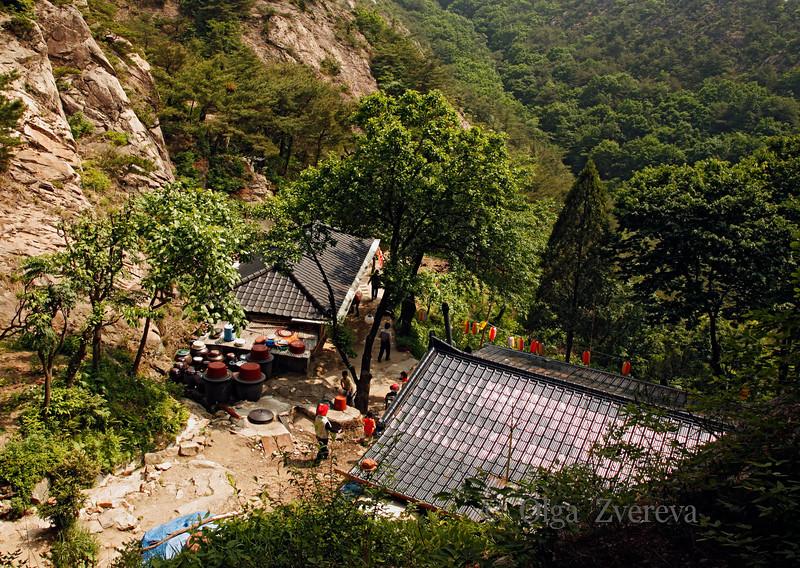 <p>Sambulsa Temple, Mt.Namsan area, Gyengju, South Korea</p>