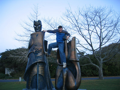 statues_casey_2