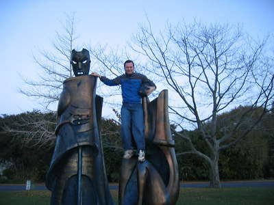 statues_casey_3