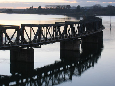 train_bridge_2