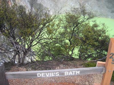 devil's_bath_3