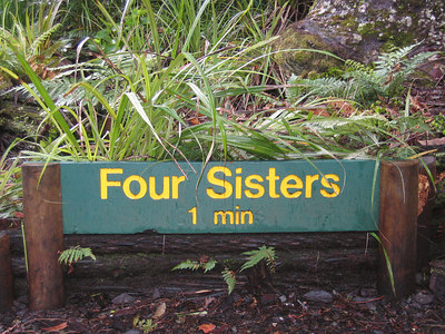 four_sisters_01