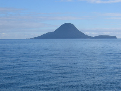whale_island_05