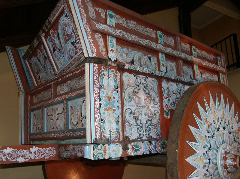 Sarchi is an artisan center with the painted oxcart as their most famous product.