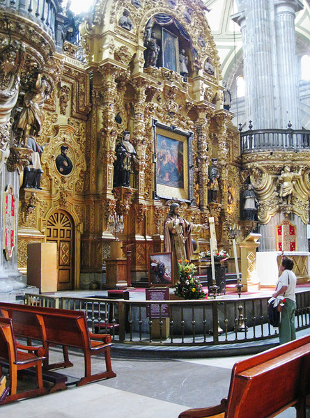 One of the many altars in the Catedral Metropolitana. It is a huge cathedral and we saw only a small portion because services were being held in various areas. April, 2009.