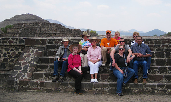 Our annual sibling photo was taken at the pyramids with the addition of Walter and Jody's family. April, 2009.