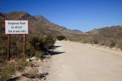 Entrance road to Gamkaskloof (Die Hel)