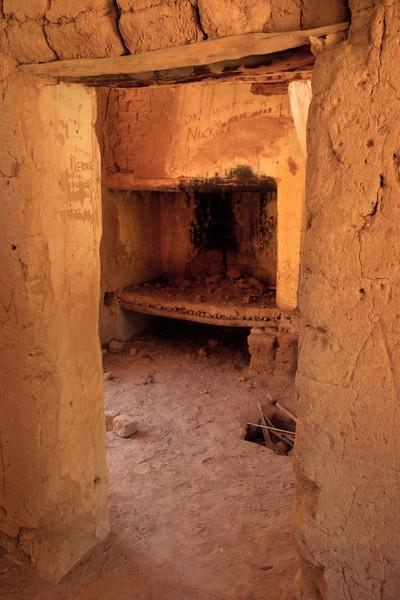Original fireplace of mud house in Gamkaskloof (Die Hel)