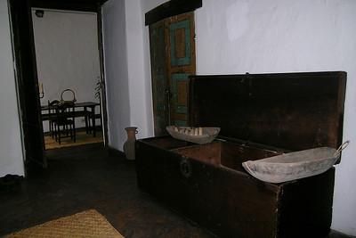 Quito - Casa de Sucre Chest