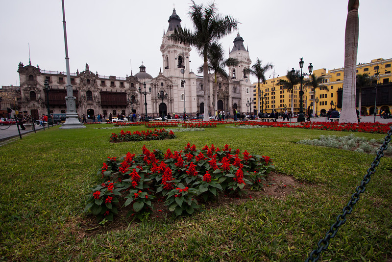 Catedral de Lima at the Plaza de Armas