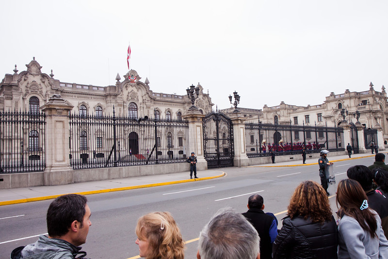 Changing of the guards at Lima's presidential palace (PIzarro's palace)