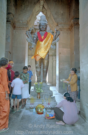 Offerings to Vishnu