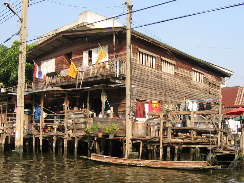 Along the klongs of Bangkok