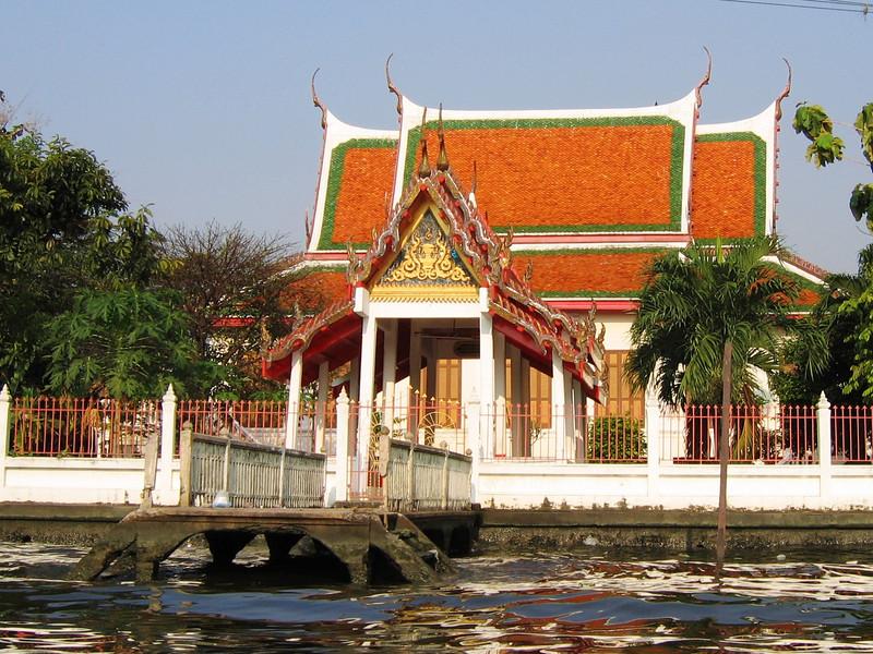 Along the klongs of Bangkok