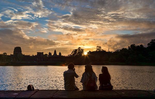 Watching sunrise_Angkor Wat
