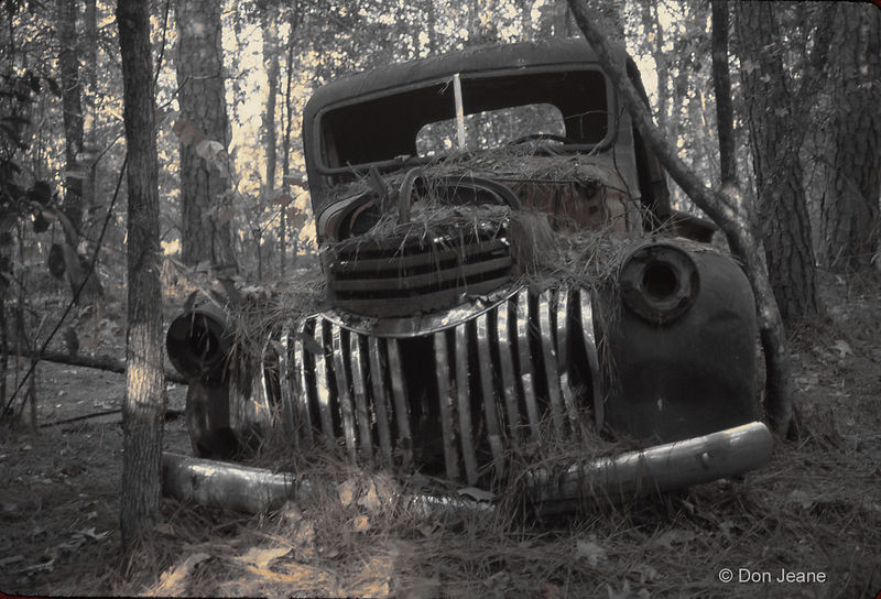 Old truck - Alabama/Coushatta Indian Reservation, Livingston.
