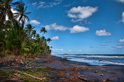 Dominica beach... no one in sight