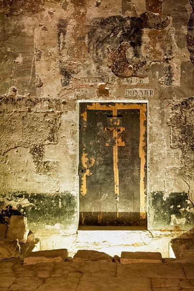 The Money Room Door, Palais des Popes