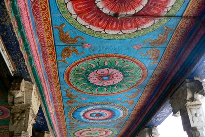 P1020284 Madurai Temple Ceiling (Recent)