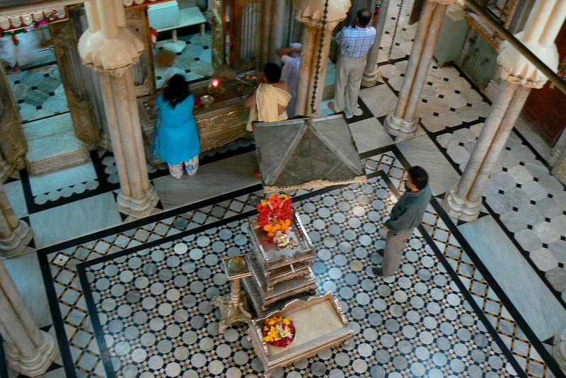 P1020149 Jain Temple