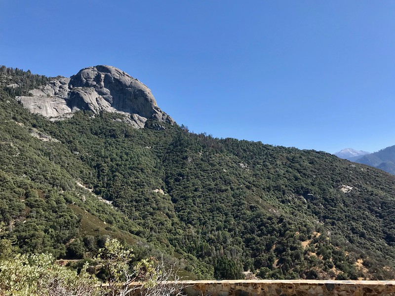 Moro Rock from Amphitheater Point