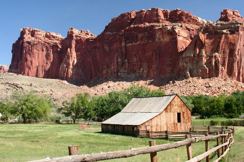 Barn in Fruita historic district, Utah
