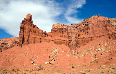 Chimney Rock - Capitol Reef National Park
