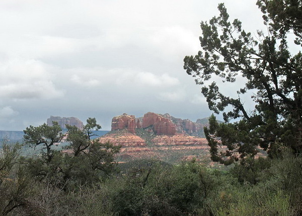 From Cottonwood, we drove to Sedona where we had lunch and looked around for awhile. This is near Sedona.