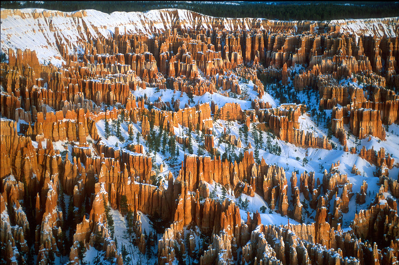Sunrise at Bryce Point, Bryce Canyon National Park.